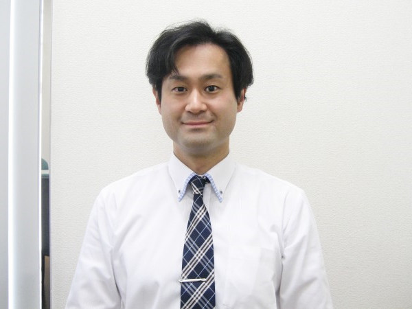 鈴木 孝弘(清水地区責任者 中2・3クラス、 プレミアムコース室長)